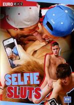 Selfie Sluts